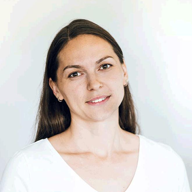 Coach Lena Weinberger